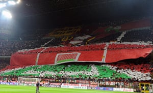 Tifo: Fans of Milan display a banner