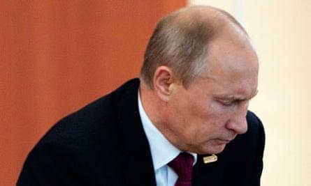 Vladimir Putin S Limp Sparks Health Rumours Vladimir Putin The Guardian