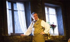 Ken Stott as Vanya in Uncle Vanya