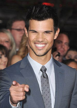 The Twilight premiere : Taylor Lautner