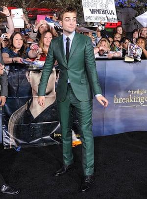 The Twilight premiere : Robert Pattinson  at the Twilight Saga World Premiere