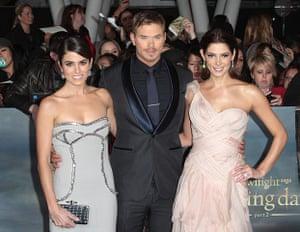 The Twilight premiere : Nikki Reed, Kellan Lutz, and Ashley Greene