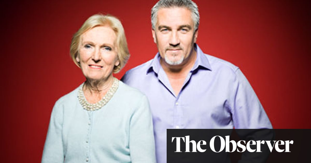 Bake Off S Paul Hollywood And Mary Berry We Argue Over Every Cake Television Radio The Guardian
