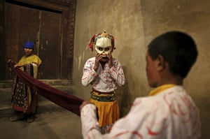 20 Photos: Buddhist monks of the Drukpa Tibetan Buddhist lineage perform a bone dance
