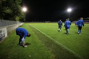 Met Police Football Team: Booting up