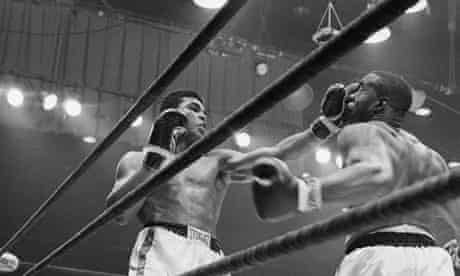 Boxers Clay and Liston Fighting