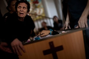 Israel Gaza : A Palestinian mourner cries during the funeral of Salem Paul Sweliem, Gaza