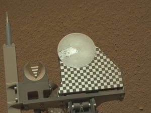 A month in Space: First Sample Placed on Curiosity's Observation Tray