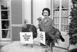 Turkey pardoning: Lady Bird Johnson with turkey