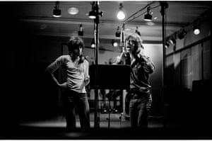 Rolling Stones: The Rolling Stones in studio on mics