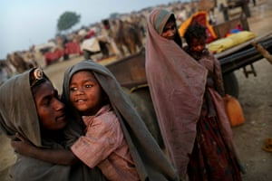 Camel fair: Indian women and children from a herding familes