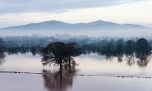 Ben Carrett has submitted this epic view via our Flickr group. The river Severn south of Worcester flooding the Powick Hams. In the background are the Malvern Hills.