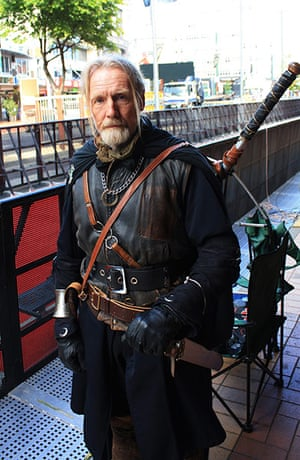 The Hobbit premiere: Fan Mike Hurrel is dressed up as a ranger