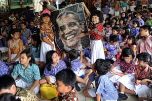 World election reaction: Jakarta, Indonesia: Elementary students at Menteng 01 elementary school