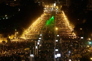 Egypt protests: Protesters gather outside the presidential palace after braking through