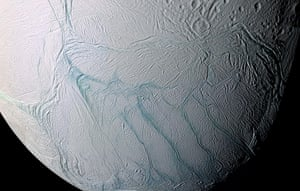 2012 in Science : Enceladus: home of alien life forms