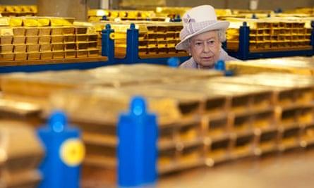 queen financial crisis question