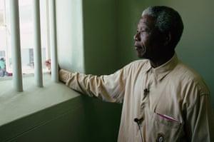 Nelson mandela update: 1994: Nelson Mandela in his previous cell