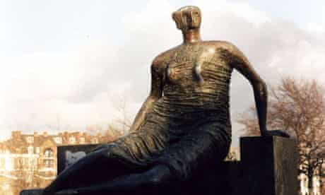 Henry Moore's scultpture Draped Seated Woman, which is also known as 'Old Flo'