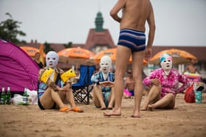 Pics of the Year 2012: The masked women by Chi Yin Sim