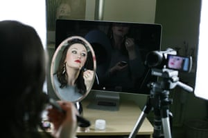 Portraits of 2012: Livie Rose filming makeup tutorials for YouTube