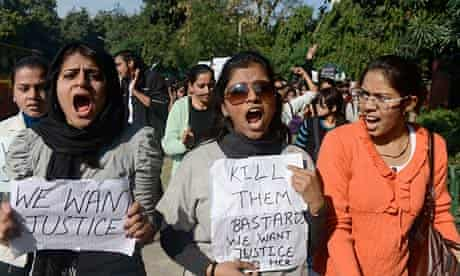 Indian students march on the residence of Delhi's chief minister after brutal Delhi bus gang rape
