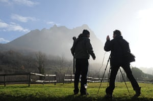 Bugarach prophecy: Journalists' film the 1,231 meter high peak of Bugarach