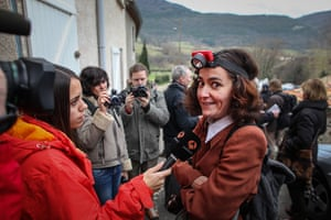 Bugarach prophecy: Martine Hulotte, from Toulouse, who want to climb the mountain to be saved