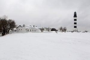 Living in a freezer: The Koppel's home on Osmussaar island