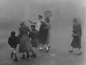 1952 smog crisis: Fog in Stretford