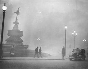1952 smog crisis: Piccadilly Smog