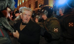 Russian police detain opposition activist Edouard Limonov in downtown Moscow