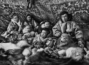 Salgado: Portraits of Nenets in their tchoums