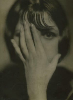 Michael Hoppen: Baron Wolff von Gudenburg, Portrait of Tanzerin Ida Fuchs, 1930