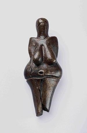 Ice age artifacts: The Venus of Dolní Veˇstonice