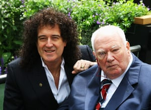 Patrick Moore with Brian May at the 2008 Chelsea Flower Show