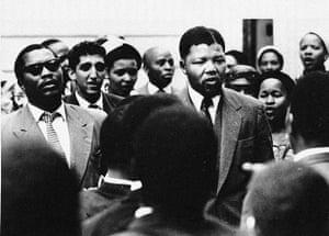 Mandela: Mandela sings with supporters