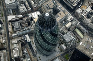 Glancey's Top Ten: The Swiss Re building, aka The Gherkin