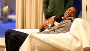 Beyonce Jay-Z Baby: Rapper Jay-Z holds his daughter with Beyonce Knowles, Blue Ivy