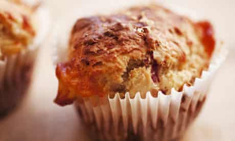 Cheese, ham and apple muffins