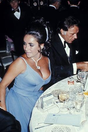 Oscars Do: Elizabeth Taylor and Richard Burton in 1970