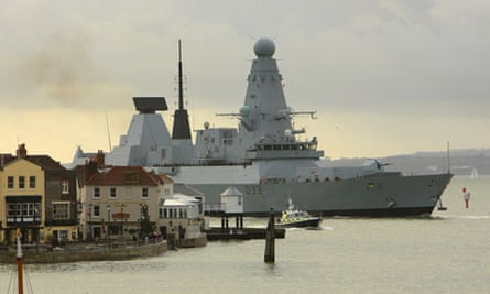 HMS Dauntless off to Falklands