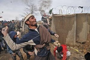 Bagram protest: Afghans throw stones
