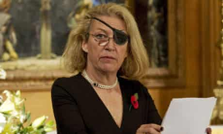 Marie Colvin gives the address during a service for war wounded at St Bride's Church