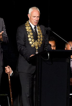 Christchurch memorial: The mayor of Christchurch Bob Parker speaks during the remembrance service
