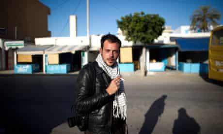 Rémi Ochlik in Tunisia