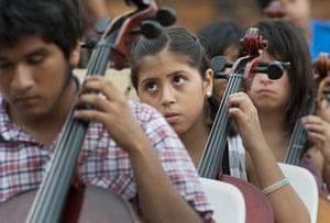 Week In Music: Cellists in Lima