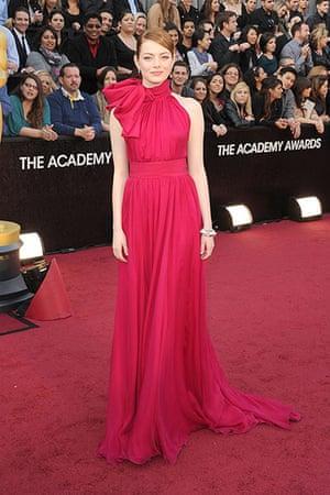 Oscars red carpet: Emma Stone in Giambattista Valli