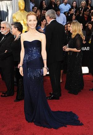 Oscars red carpet: Leslie Mann in Roberto Cavalli