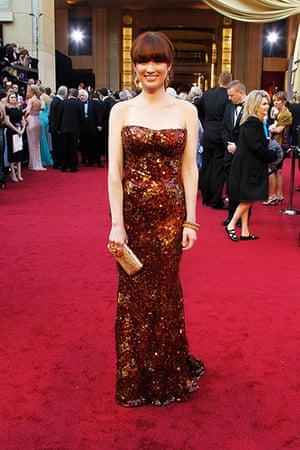 Oscars red carpet: Ellie Kemper in Armani Prive